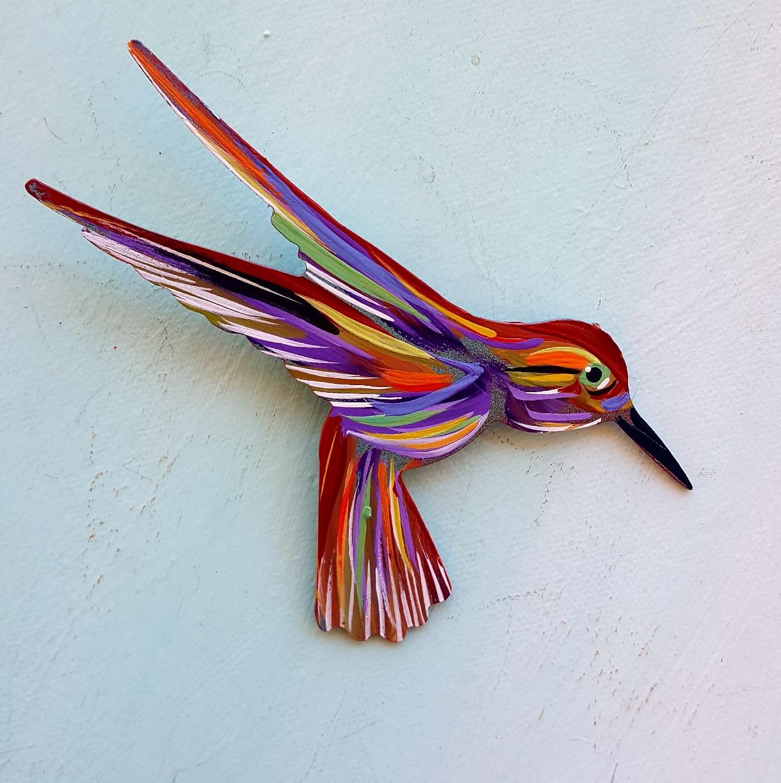 """A beautiful Hummingbird """"right"""" 4""""x4"""""""